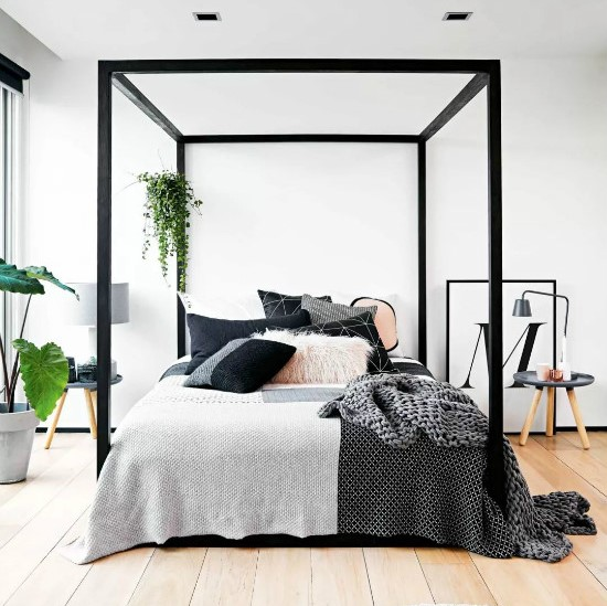 Resort style canopy bed